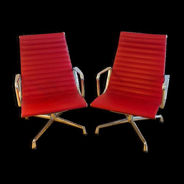 Paire de fauteuils  EA116 aluminium par Charles & Ray Eames édition vitra