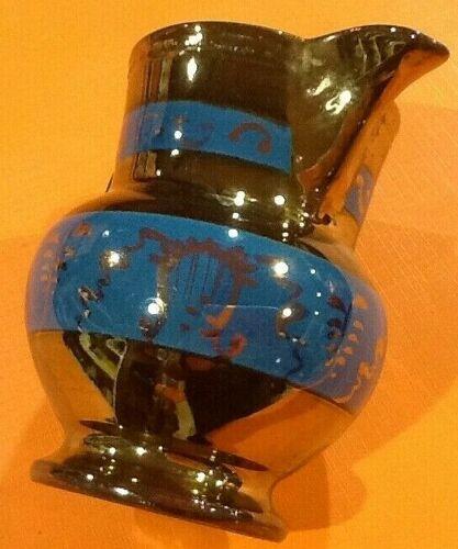 Pot à lait pichet XIXème faïence de Jersey A décor de frises bleues feuillagées