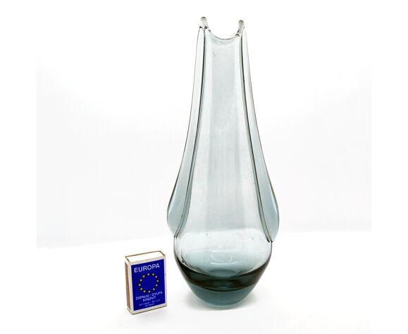 Vase en verre néodymium F. Zemek ŽELEZNY BROD années 1960.