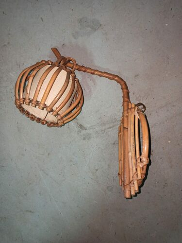 Suspension applique en bambou rotin