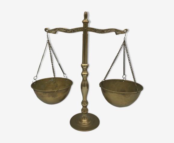 Balance à bras égaux en laiton décorative -25,5 cm