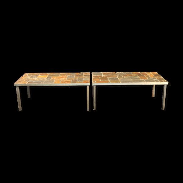 Paire de tables basses en pierre de lave