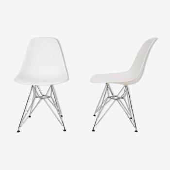 Paire de chaises DMX par Charles et Ray Eames pour Vitra, États-Unis 2008