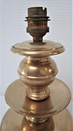Pied de lampe laiton tripode à pattes de lion début XXème