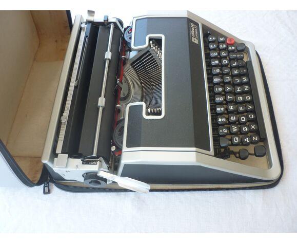 Machine a ecrire Olivetti Lettera 33
