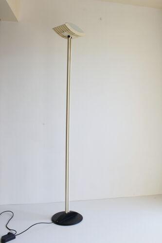 Lampadaire en verre et cadre en acier, années 1980