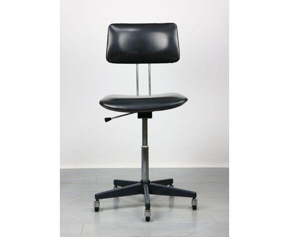 Chaise pivotante vintage de bureau en noir de Stol