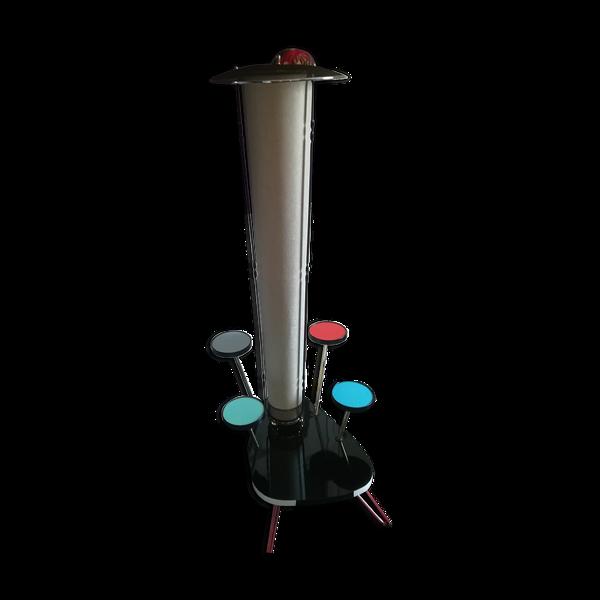 Lampe tube à satellites