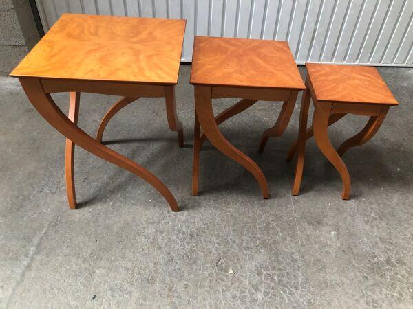 Série tables gigognes design Cinna
