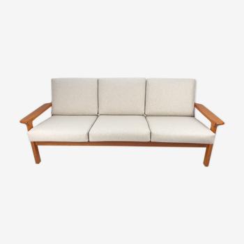Canapé trois places en teck de Juul Kristensen pour Glostrup 1960