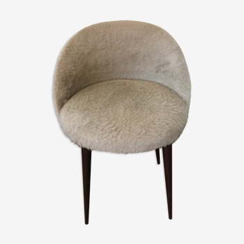 Grey mmoute chair