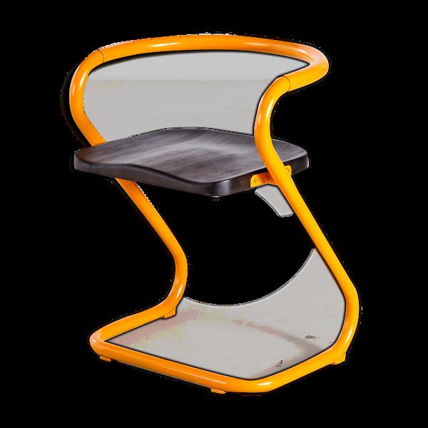 Chaise empilable s70 par börge lindau &bo lindekrantz pour lammhults