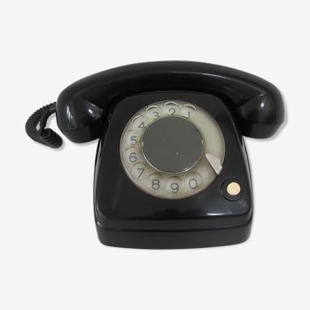 Téléphone à cadran vintage RTT
