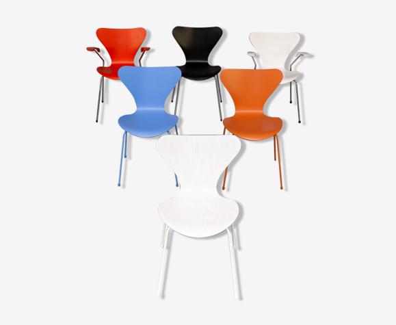 6 chaises Arne Jacobsen 3107 et 3207 des années 70 pour Fritz Hansen