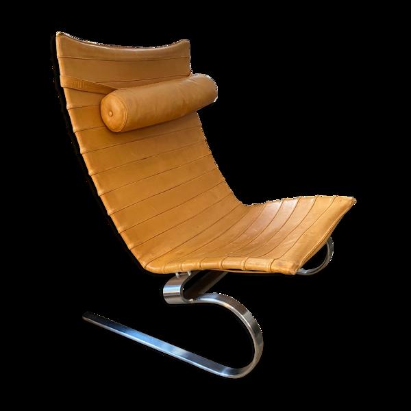Selency Fauteuil Lounge PK20 de Poul Kjærholm pour la marque Fritz Hansen