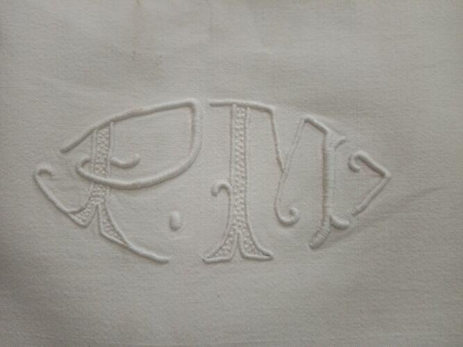 Drap ancien brodé monogramme PM drap coton 265 x 200 cm