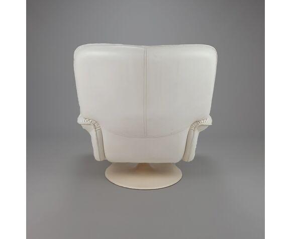 Chaise longue pivotante en cuir blanc postmoderne, années 1980