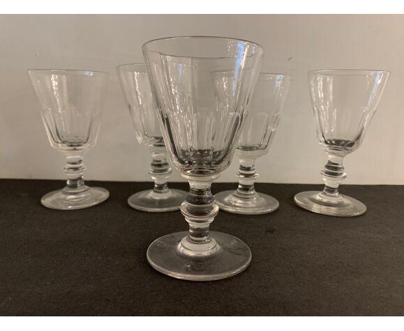 5 verres anciens en verre, modèle Caton de Saint Louis, XXème siècle