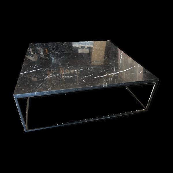 Table en marbre noir