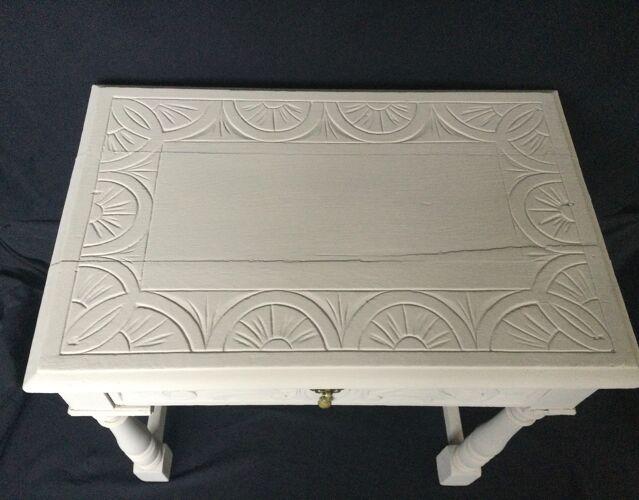 Bureau peint