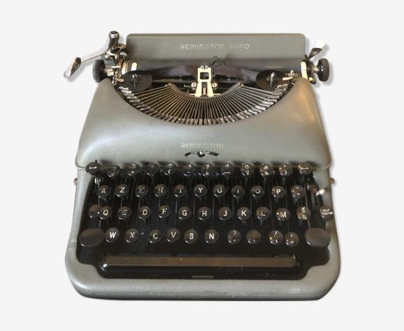 Machine à écrire Remington Rand