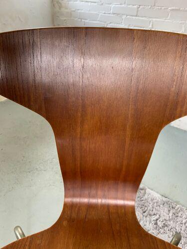 Chaise 3105 par Arne Jacobsen pour Fritz Hansen