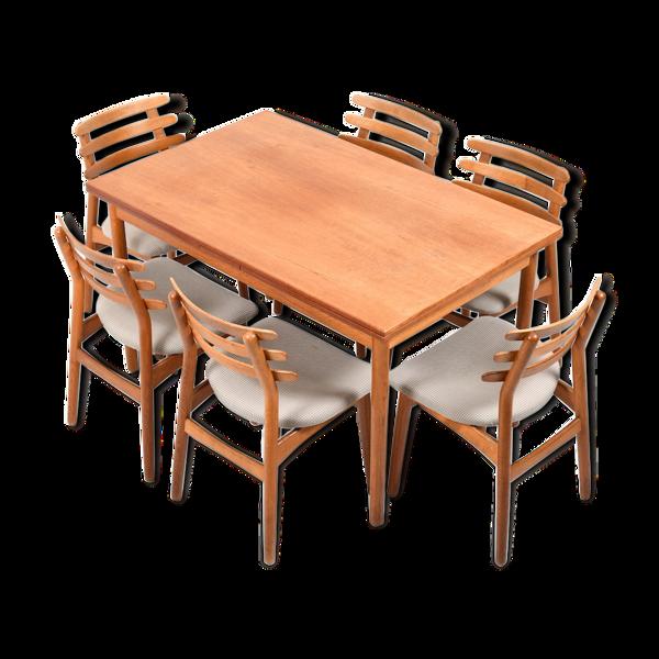 Table et ses six chaises de Poul M. Volther pour FDB