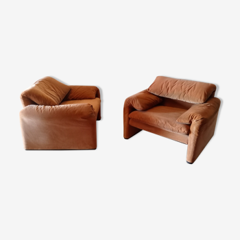 Pair of Maralunga armchairs by Vico Magistretti