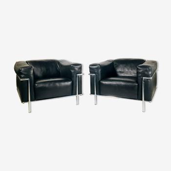 Paire de fauteuils club en cuir Italie 1980's