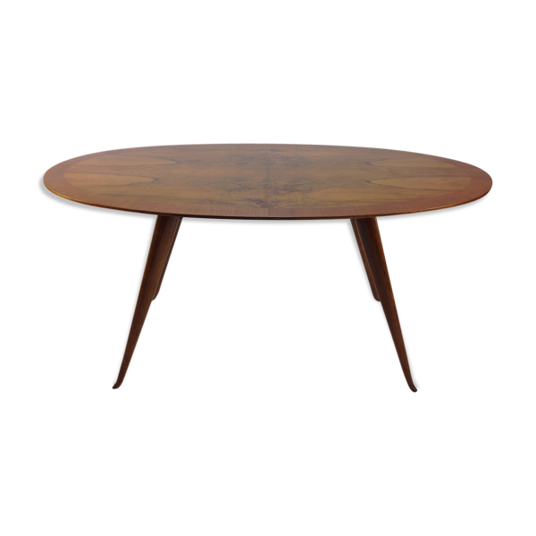 Very beautiful Italian Walnut Dining Table 50's