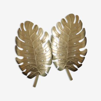 Paire d'appliques feuilles murales en métal doré martelé