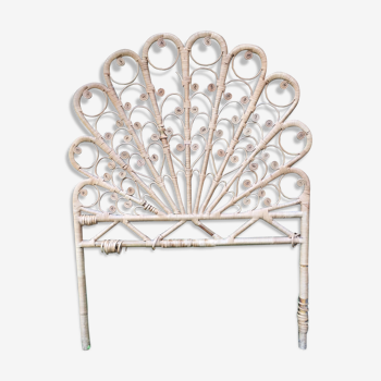 """Emanuelle"" style headboard a person"