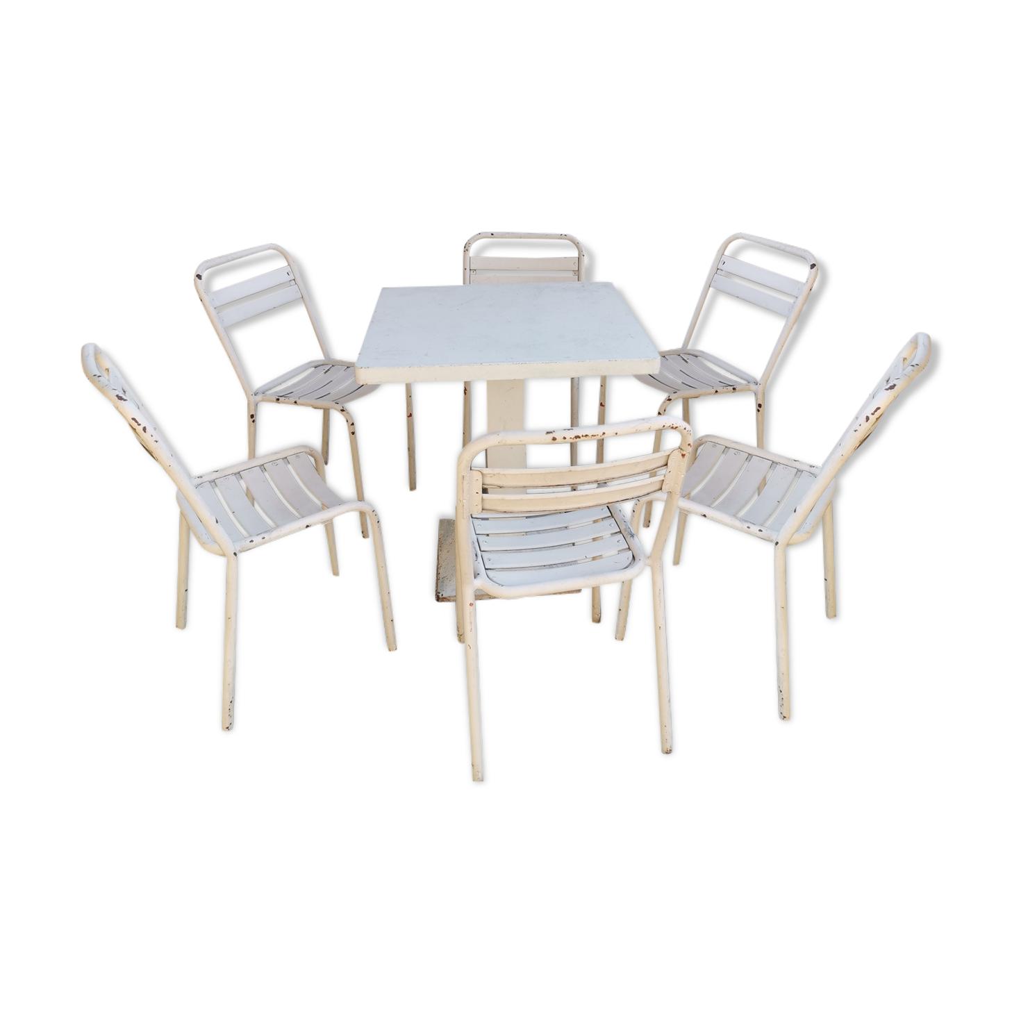 Table de bistrot en fer et 6 chaises Tolix année 50 60