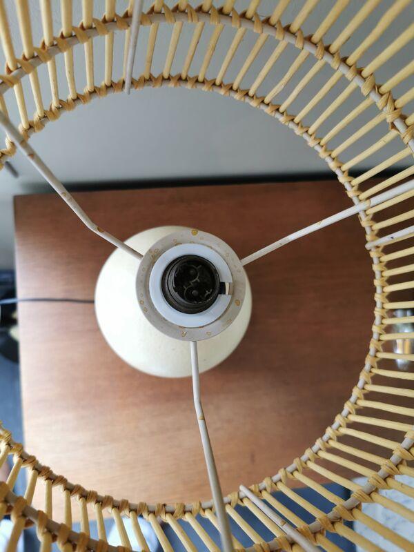 Lampe ancienne boid d'ébène et oeuf d'autruche avec abat jour