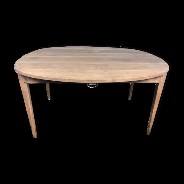 Table de ferme ovale en chêne massif rehaussée
