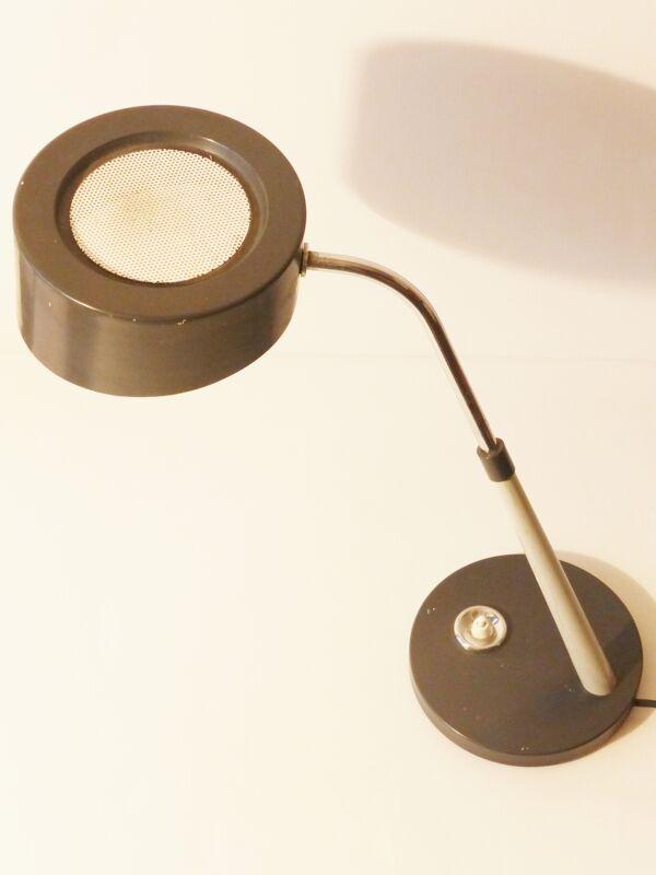 Belle lampe de bureau en tôle grise et perforée 1950 vintage 50's rockabilly lamp