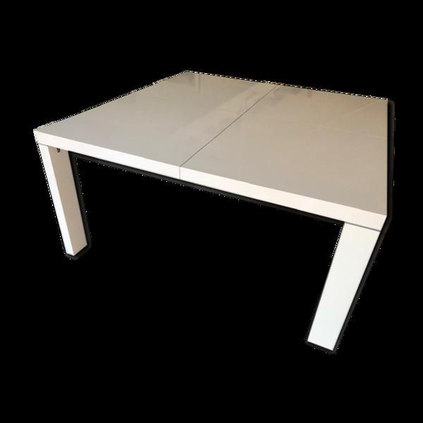 Table dedicato Ligne Roset