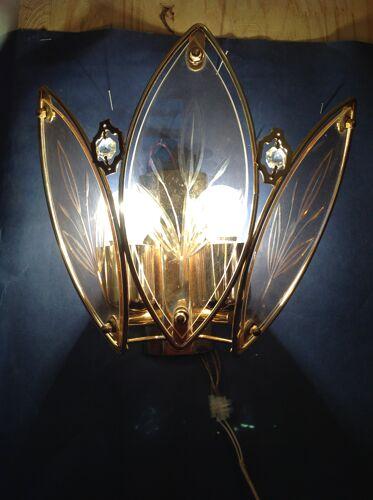 Applique des années 80 en verre et métal doré