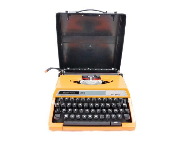 Machine à écrire Silver Reed 280 orange révisée ruban neuf