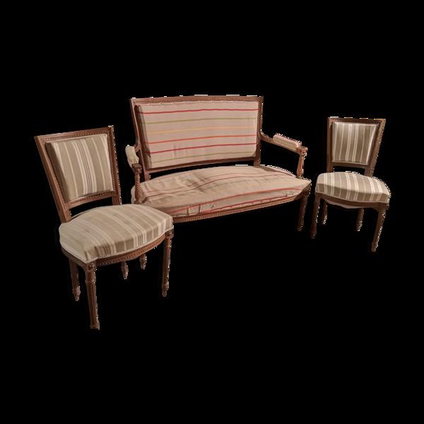 Lot d'une banquette et deux chaises Louis XVI