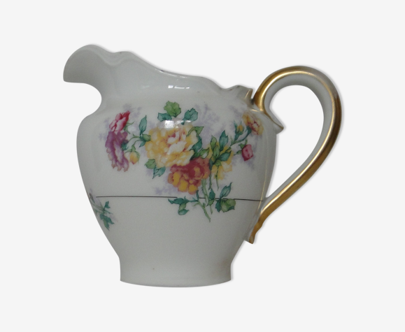 Pot a lait ou a creme porcelaine haviland  limoges decor fleuri
