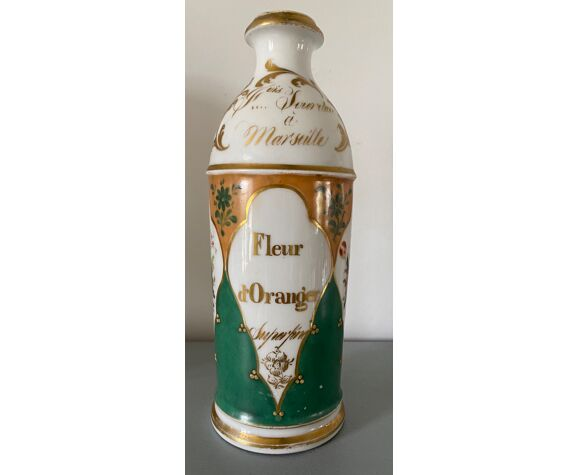 Ancienne bouteille en céramique «Fleur d'oranger» Souvilan à Marseille