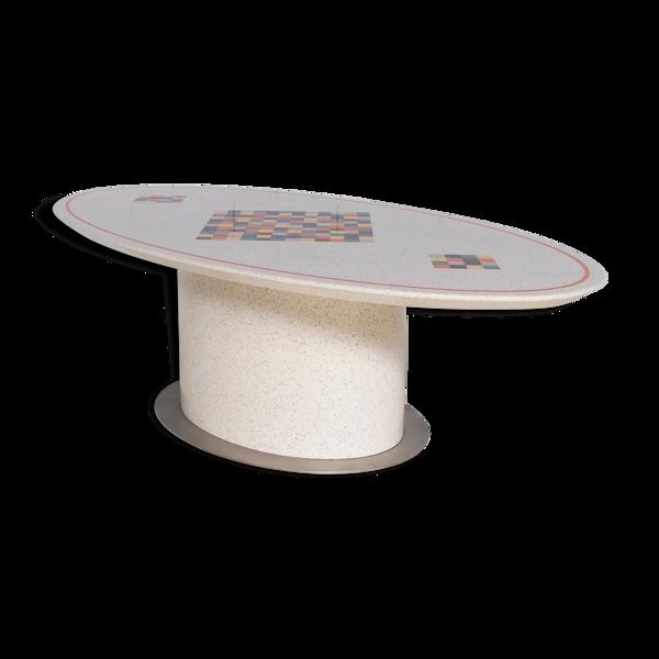 Selency Table ovale à repas résine bois et acier années 80' motifs à damiers