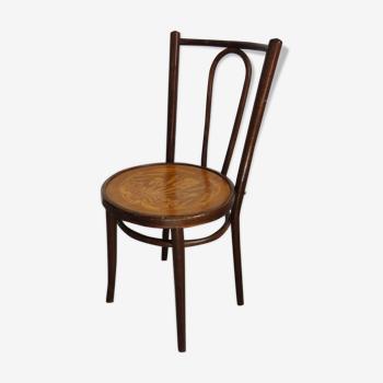 Ancienne chaise de bistrot