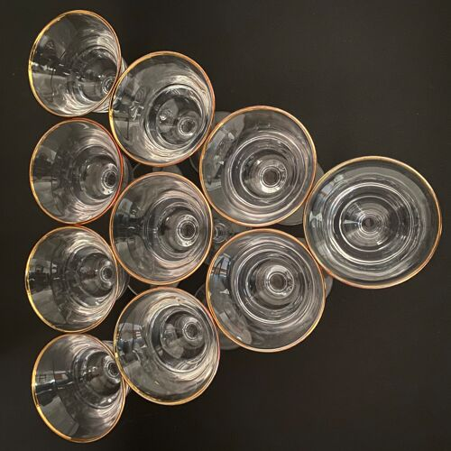 Lot de 10 verres à vin de dessert dorés