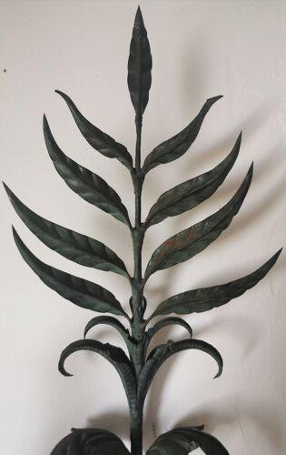 Applique murale fer et tôle à feuilles