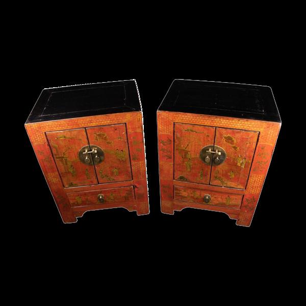 Paire de tables de chevet chinoises