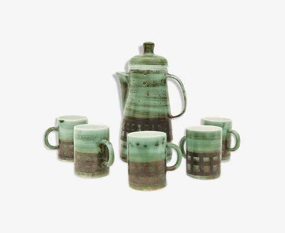 Service en céramique comprenant une cafetière et 5 tasses