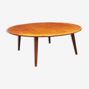 Round oak coffee table from H. Pander & Zn, the Netherlands 1950