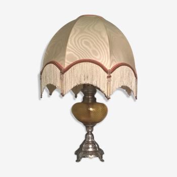 Lampe à pétrole électrifiée art-déco- régule argenté et verre teinté avec son abat jour d'origine